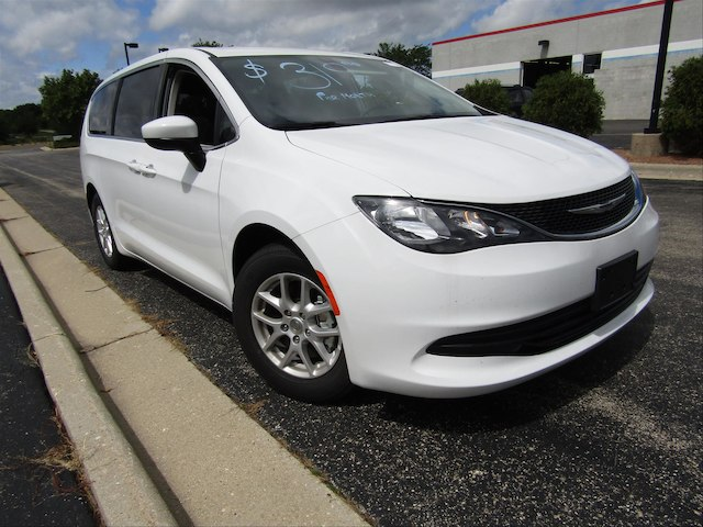 NEW 2017 CHRYSLER PACIFICA LX FWD MINIVAN